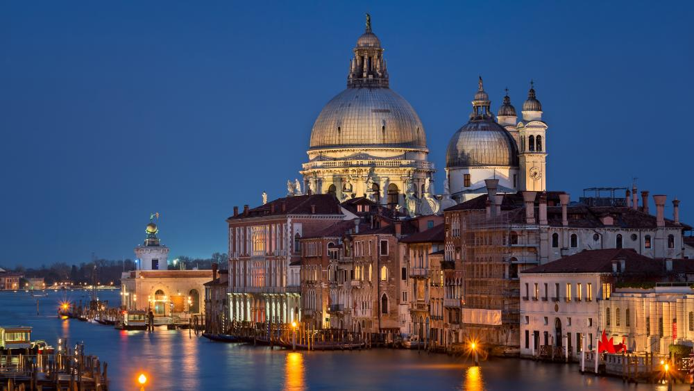 Venice Grand Canal at night wallpaper