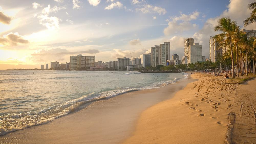 Waikiki Beach, O'ahu, Hawaii wallpaper