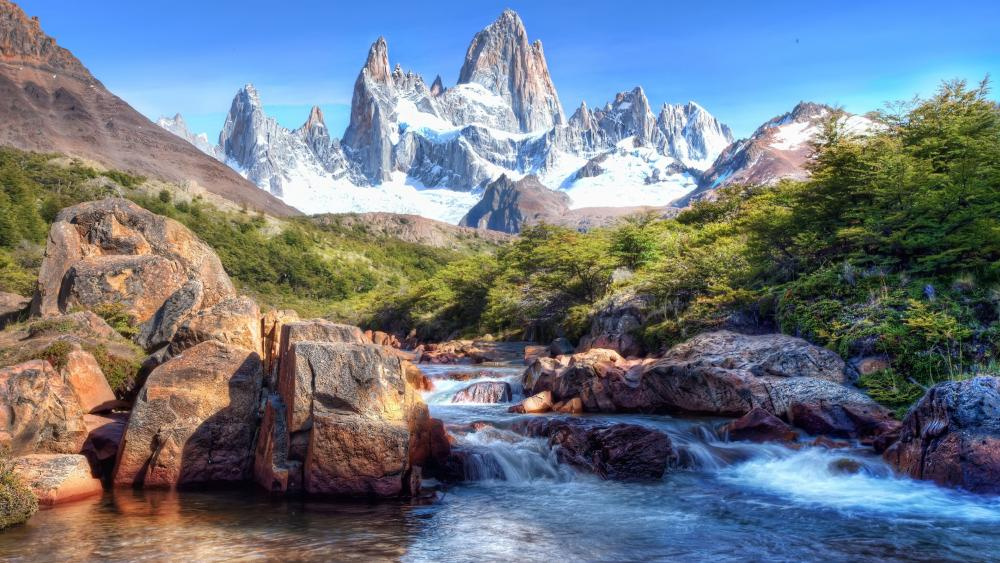 Monte Fitz Roy (Los Glaciares National Park) wallpaper