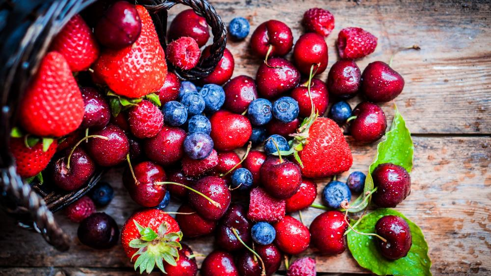 Fresh fruits wallpaper