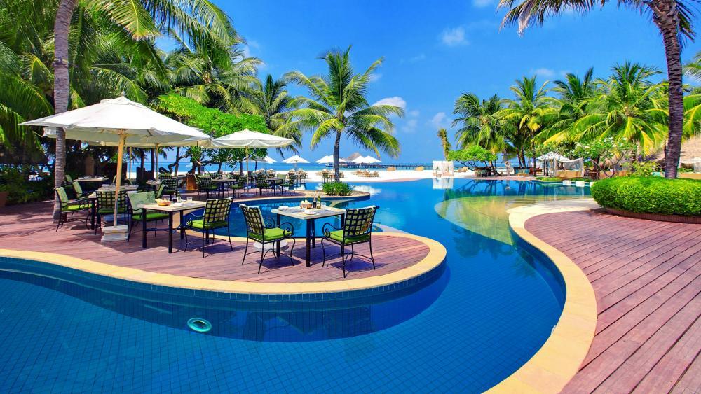 Resort in Kanuhura, Maldives wallpaper