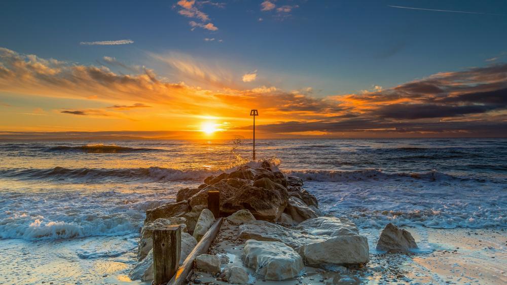 Sunset over the ocean wallpaper