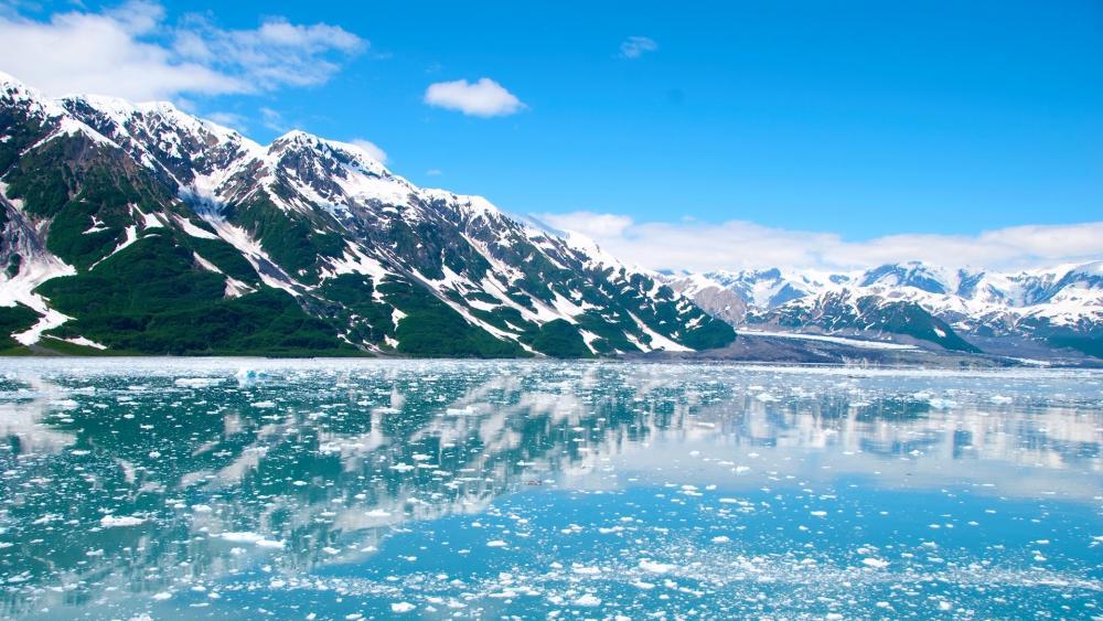 Glacier Bay, Alaska wallpaper