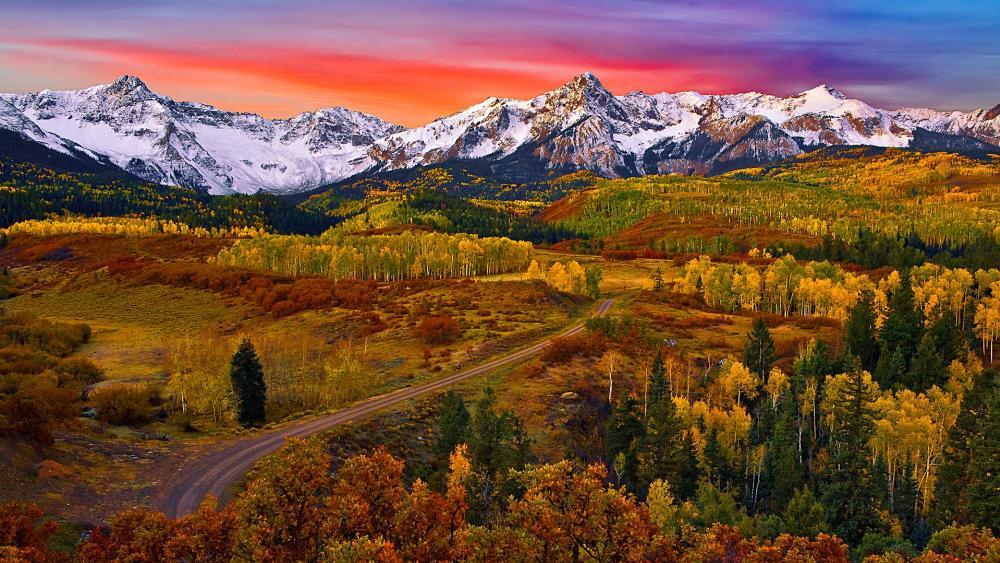 Sneffels Range at fall wallpaper