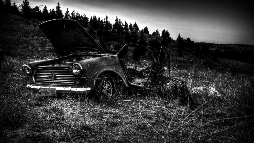 Abandoned car wreck wallpaper