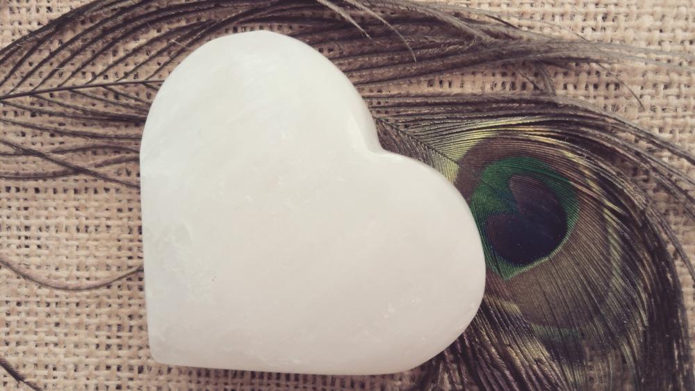 White heart wallpaper