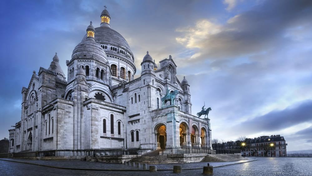 The Basilica of the Sacred Heart of Paris wallpaper