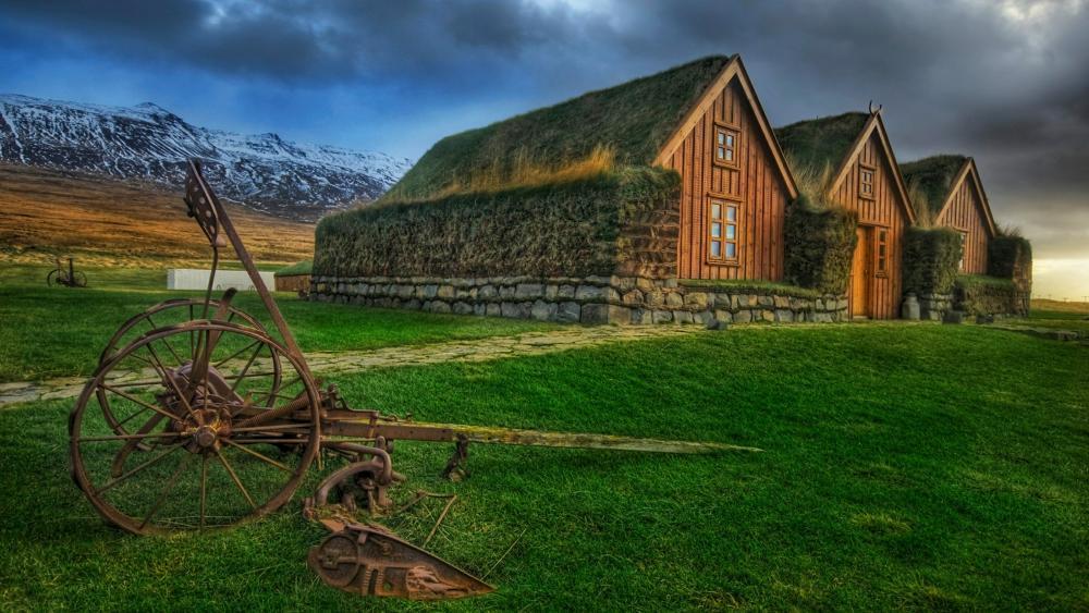 Hofsstaðir turf house in Skagafjörður wallpaper