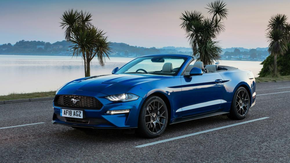 Cabriolet Ford Mustang wallpaper