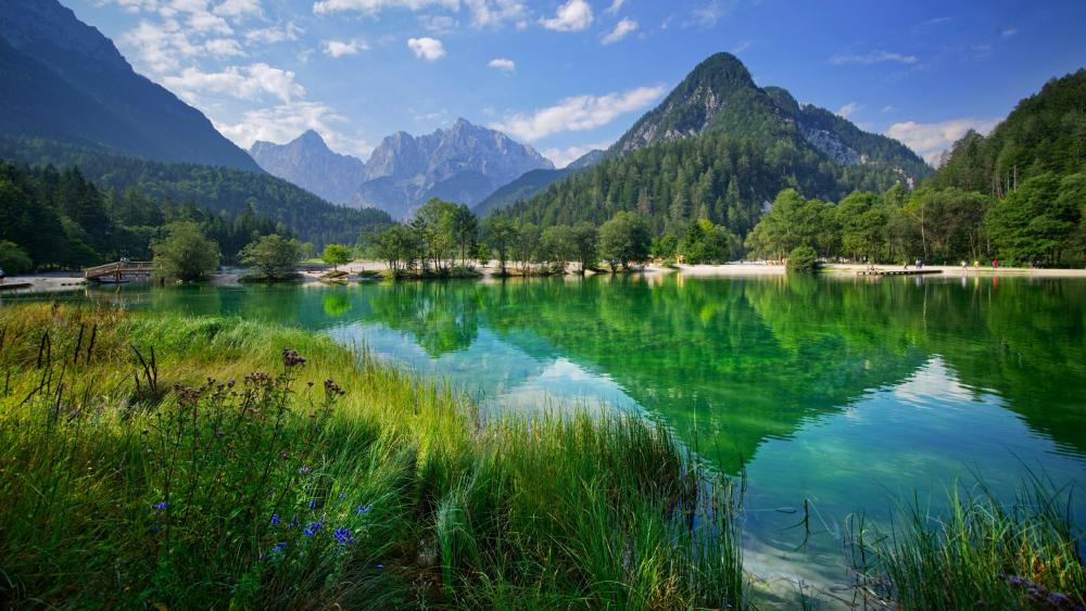 Lake Jasna (Slovenia) wallpaper