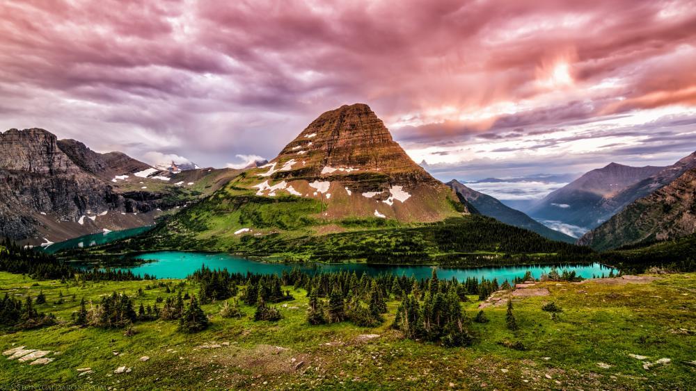 Hidden Lake and Bearhat Mountain (Glacier National Park) wallpaper