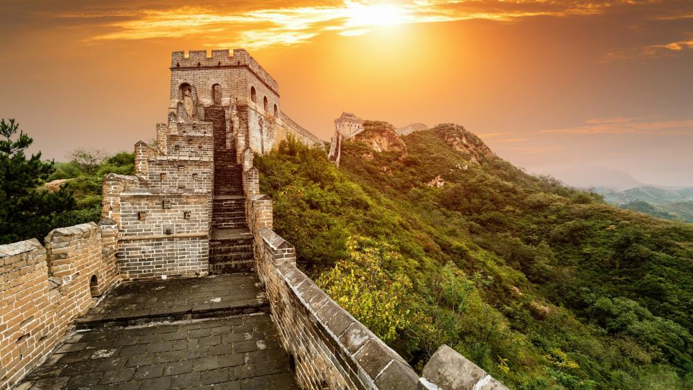 China Great Wall in Beijing wallpaper