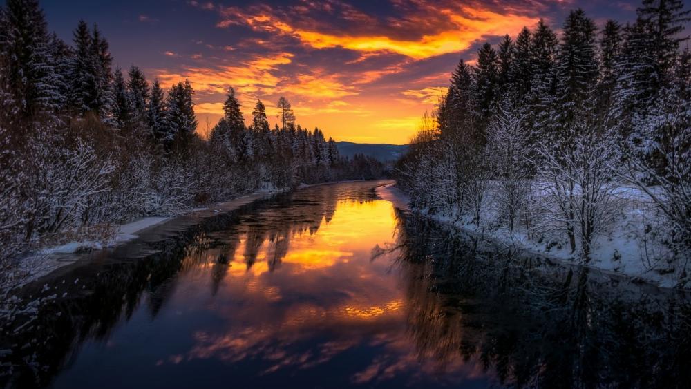 Burning winter sky reflection wallpaper