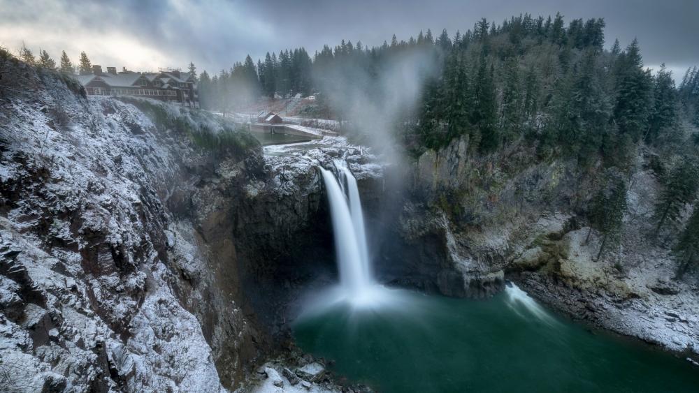 Snoqualmie Falls in wintertime (Washington) wallpaper