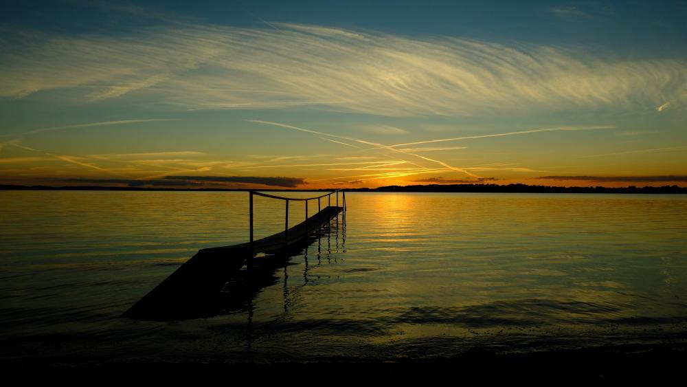Pier in sunset wallpaper