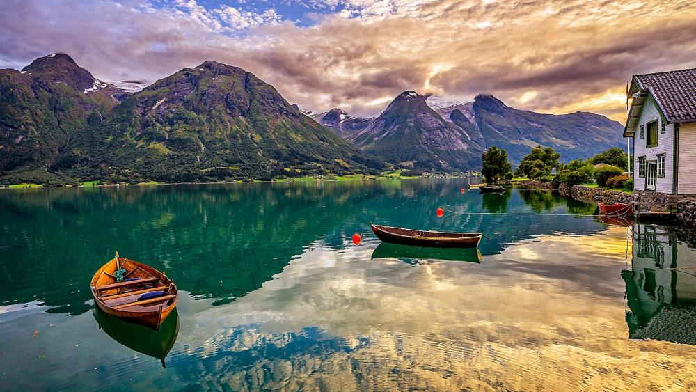 Boats on the Oppstrynsvatn Lake (Norway) wallpaper