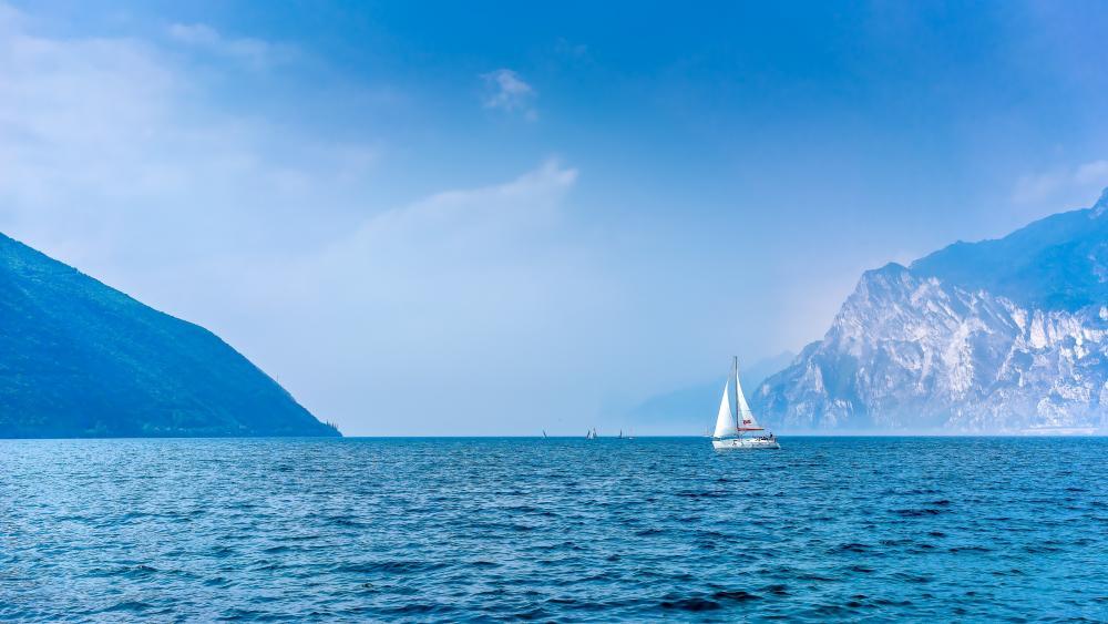 Lake Garda wallpaper