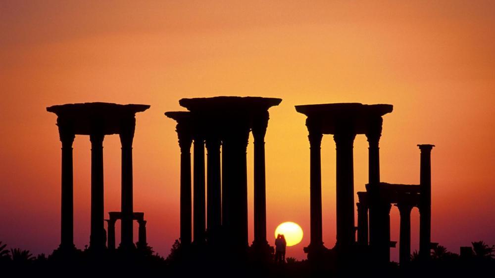 Sundown in Palmyra wallpaper