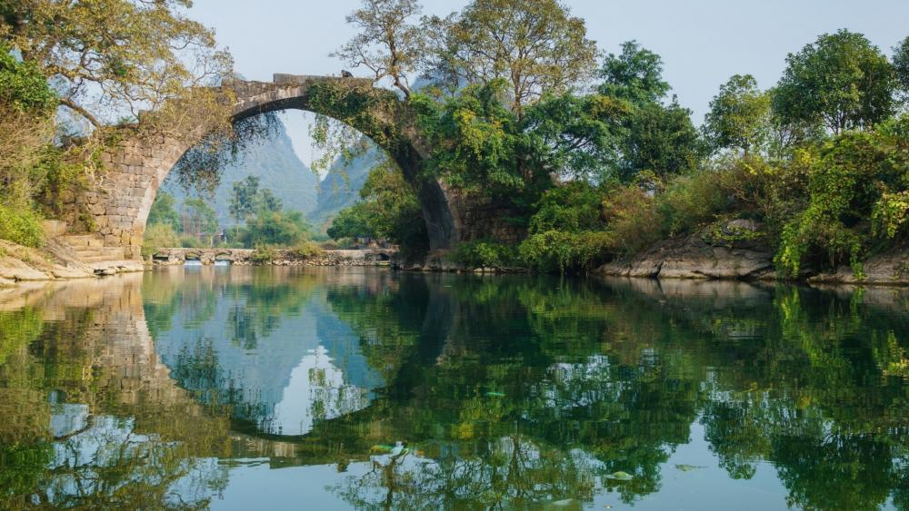 Fuli Bridge (Yangshuo Park) wallpaper
