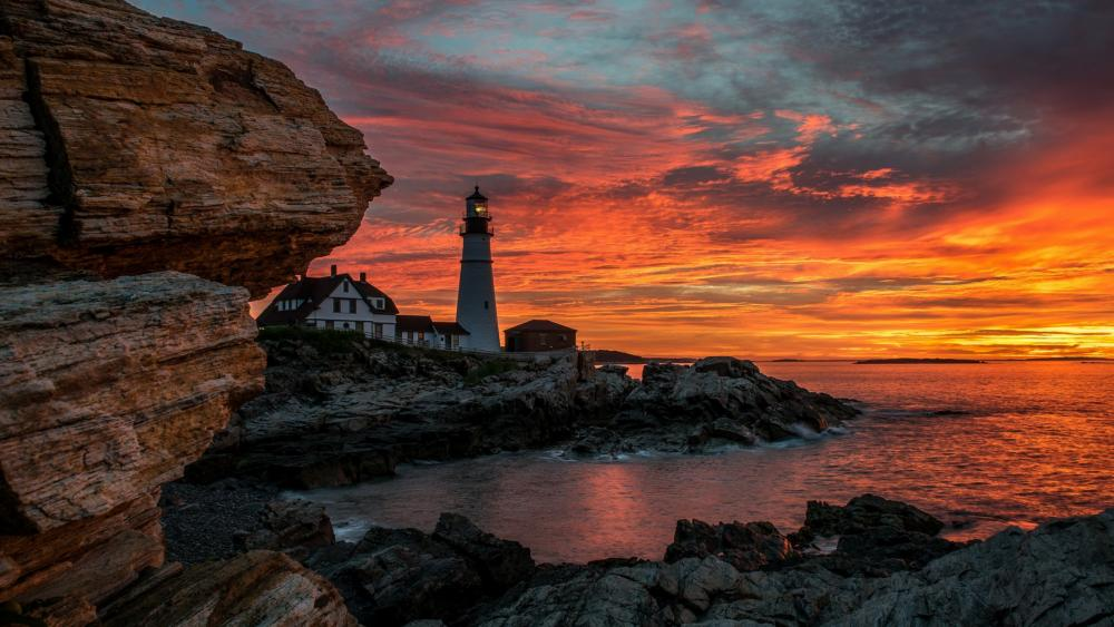 Portland Head Lighthouse during sunrise (Cape Elizabeth) wallpaper