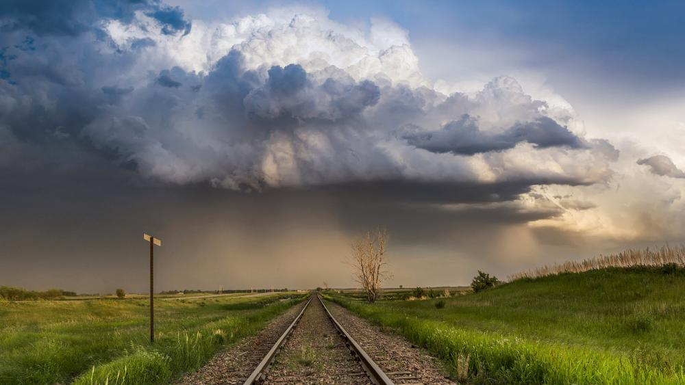 Rails in the approaching storm wallpaper