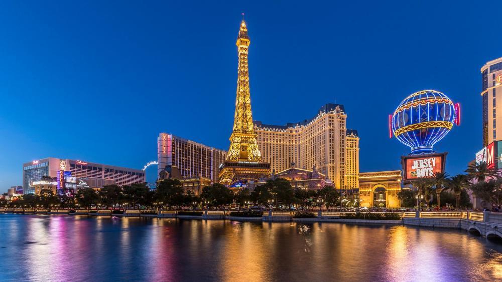 Paris Las Vegas Hotel & Casino wallpaper