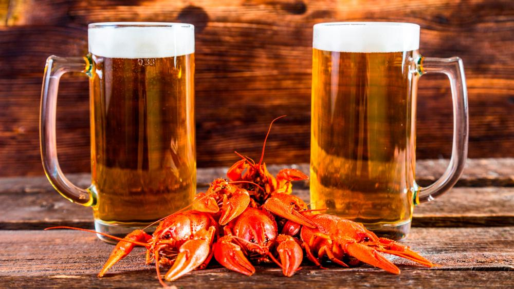 Crayfish with beer wallpaper