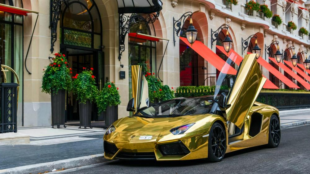 Golden Lamborghini Aventador wallpaper