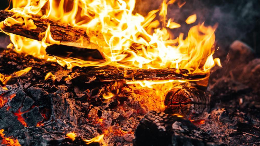 Smoldering fire wallpaper