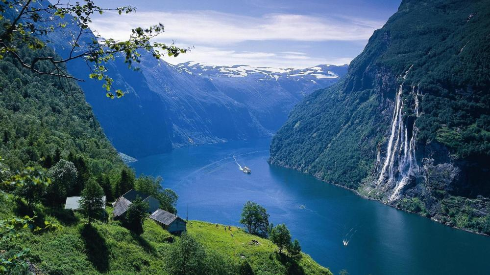 Seven Sisters Waterfall and Geirangerfjord wallpaper