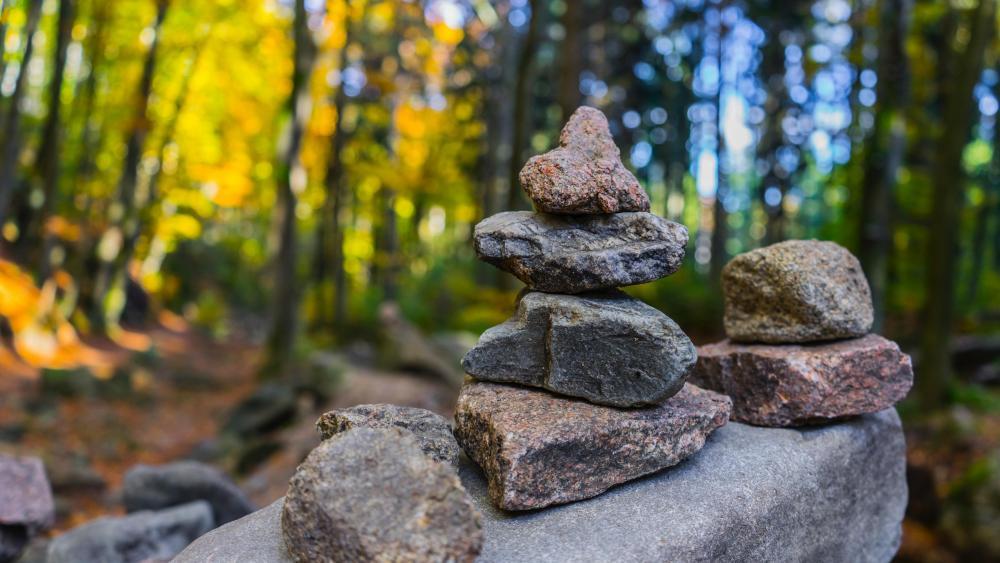 Rock balancing wallpaper