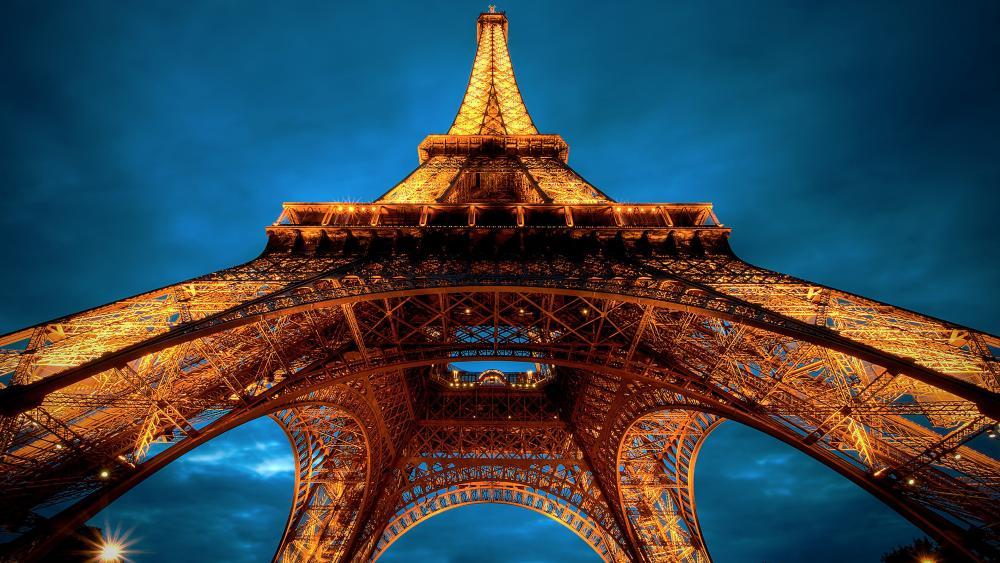 Eiffel Tower, Paris wallpaper