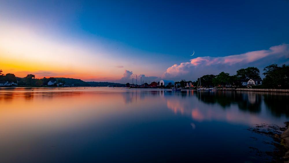Calm lake at dusk wallpaper