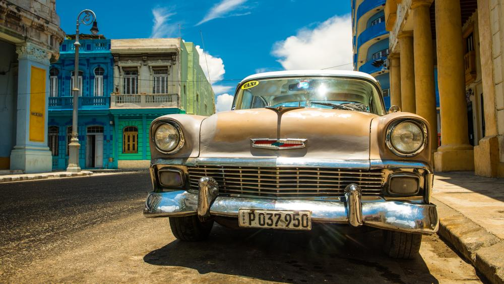 Chevrolet Bel Air in Cuba wallpaper
