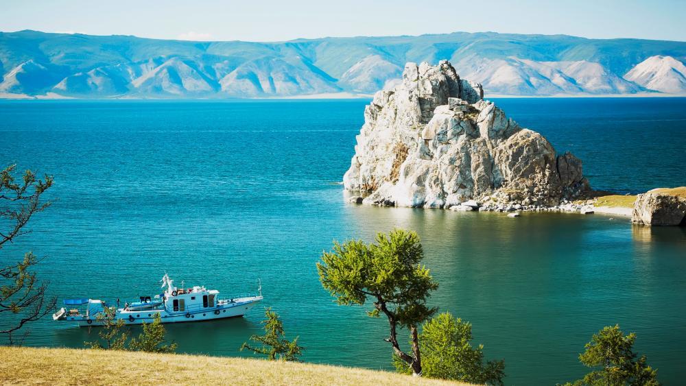Olkhon Island on Baikal Lake wallpaper