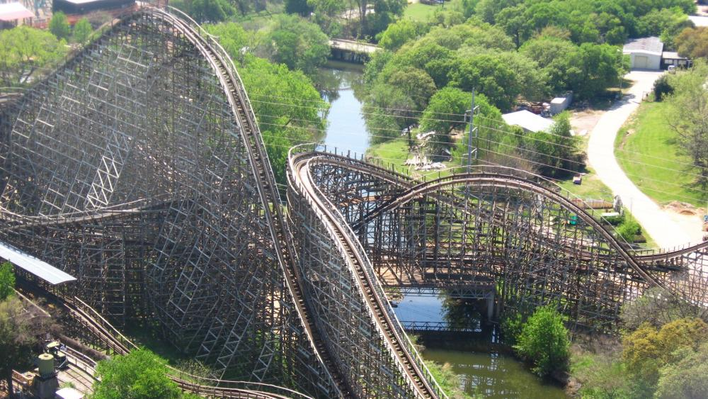 Original Texas Giant at Six Flags Over Texas wallpaper