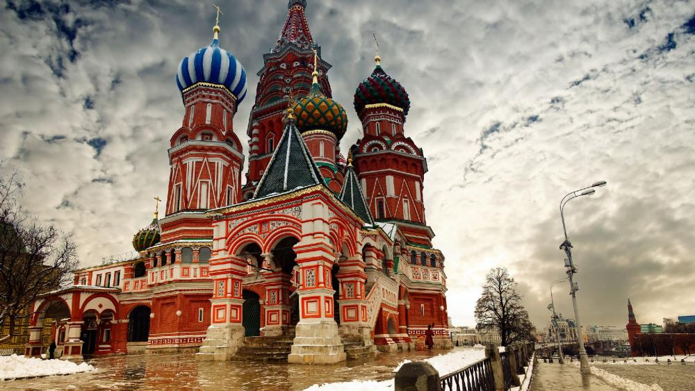 Saint Basil's Cathedral in winter wallpaper