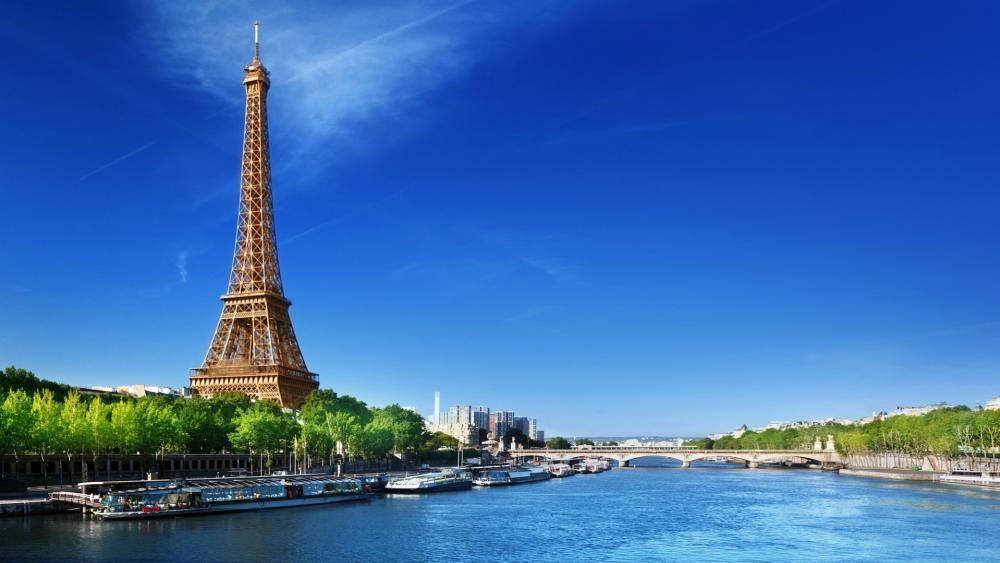 Eiffel Tower and Seine wallpaper