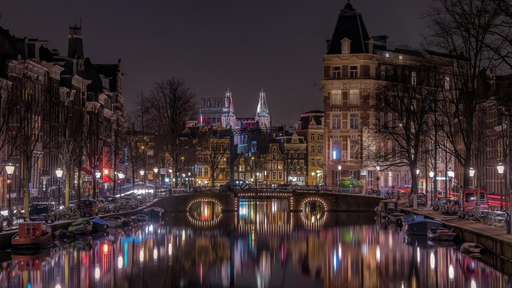 Amsterdam at night wallpaper
