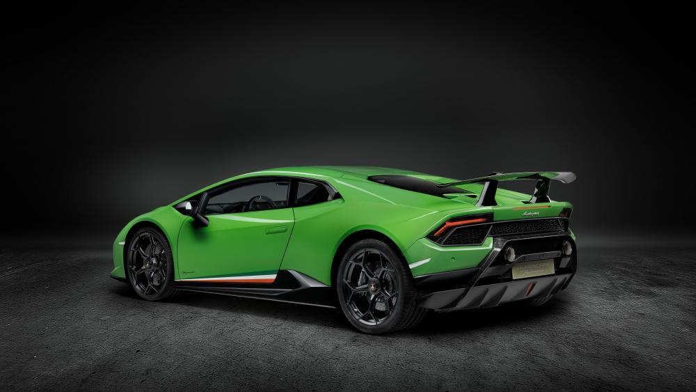 Lamborghini Huracán Performante side view wallpaper