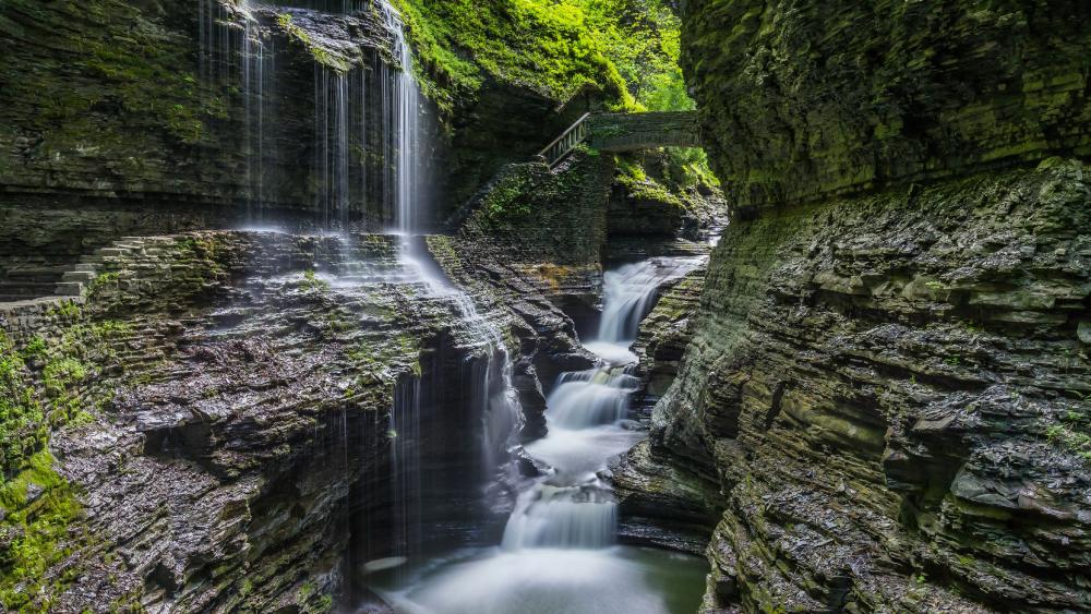 Rainbow Falls, Watkins Glen State Park wallpaper