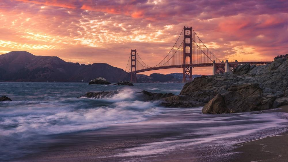 Golden Gate Bridge in the sunset wallpaper