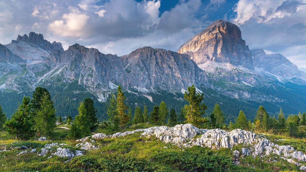 Dolomites wallpaper