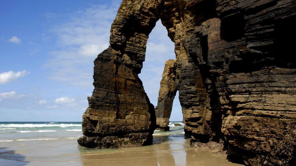 Cathedrals Beach (Galicia) wallpaper