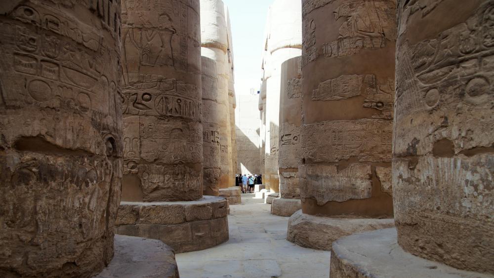 Temple in Egypt wallpaper