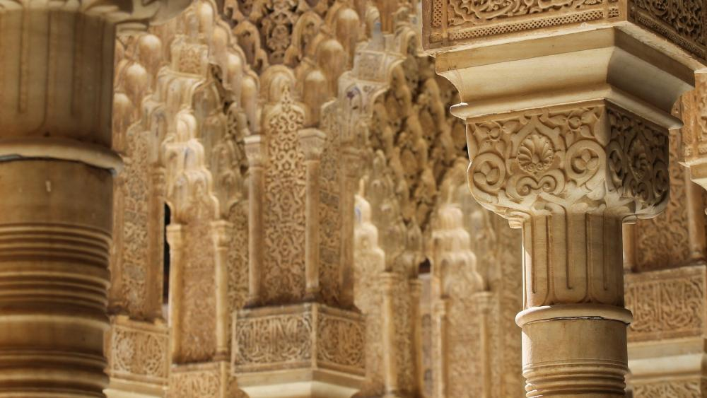 Columns in the Alhambra wallpaper
