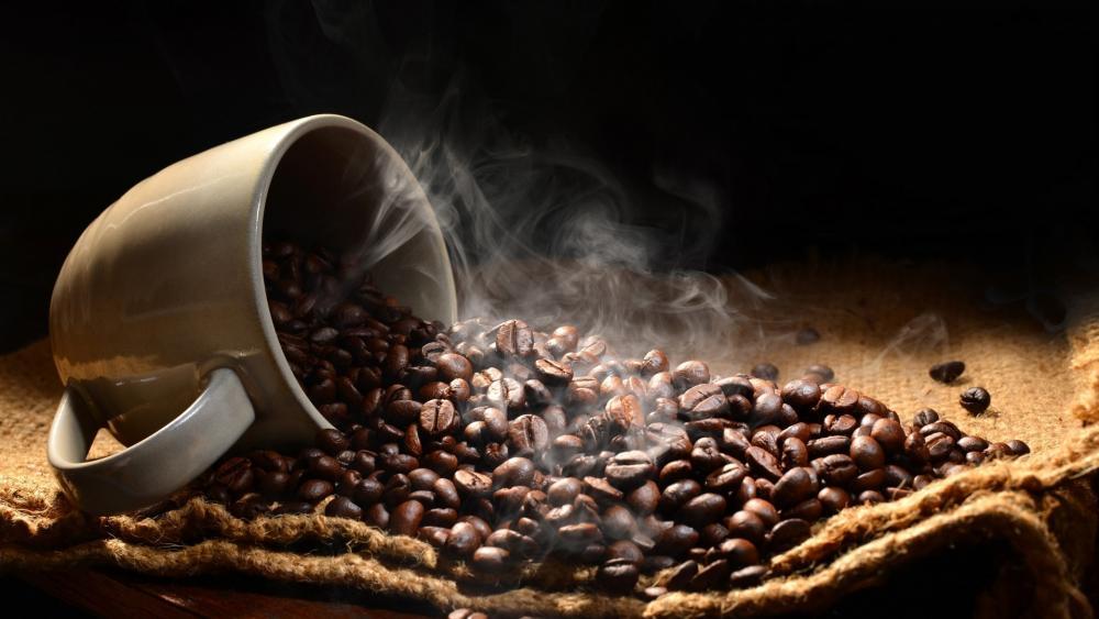 Fresh roasted coffee beans wallpaper