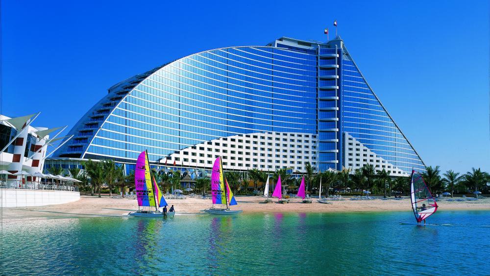 Jumeirah Beach Hotel, Dubai wallpaper