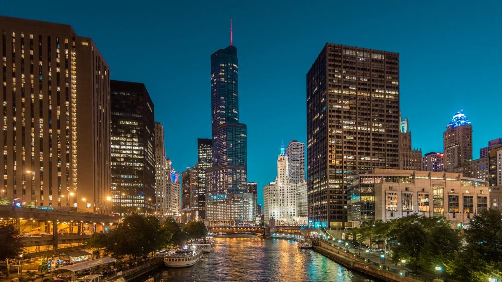 Chicago Riverwalk at night wallpaper