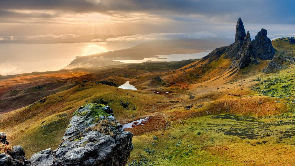 Old Man of Storr on the Isle of Skye in Scotland wallpaper